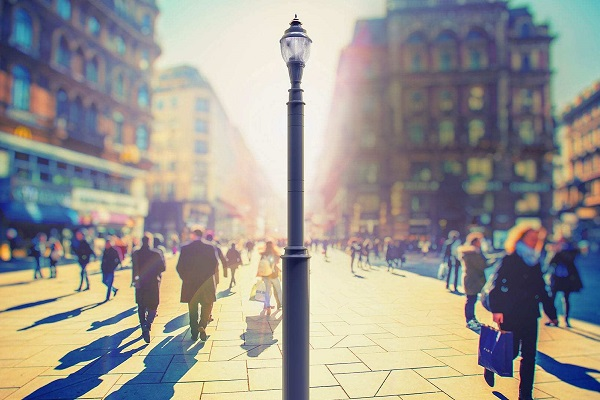 Intelligent LED street lights