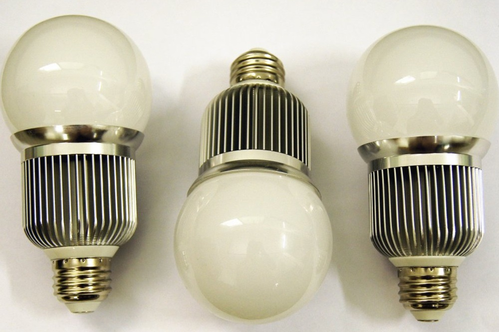 real shots of customized led bulb products 5